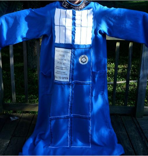 TARDIS Snuggie