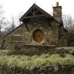 Man Has Hobbit House Built In His Backyard [pics]