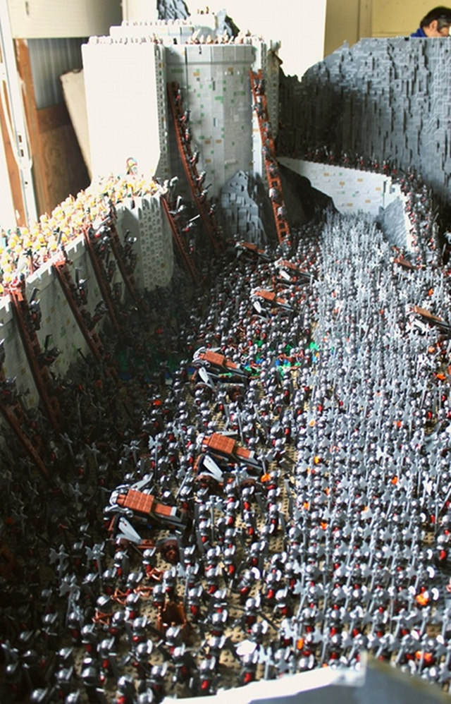 Lord of the Rings Helms Deep LEGO Sculpture