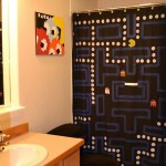 DIY Pac-Man Shower Curtain [pic]
