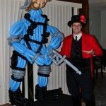 Metal Gear Solid Snake Balloon Animal Sculpture [pic]