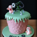 This Worms Birthday Cake Looks Ready for Battle [pic]