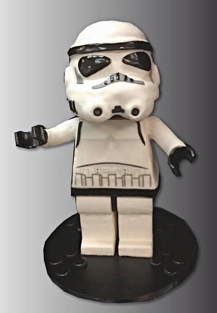 Lego Star Wars Stormtrooper Cake